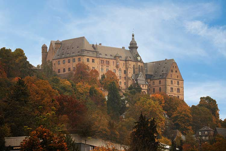 marburg colloquy Whether religious or political, the marburg colloquy undeniably represented a watershed in the course of the reformation, and europe's protestant princes had good reason to fear that its failure could doom the movement.