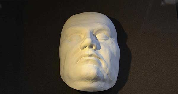 Luther death mask